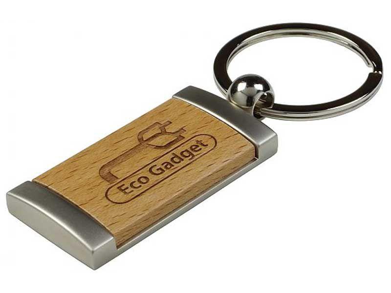 Schlüsselanhänger Werbeartikel aus Metall und Holz mit Logo Gravur